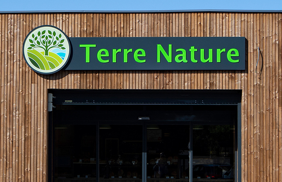 Enseigne magasin Terre nature caisson lumineux