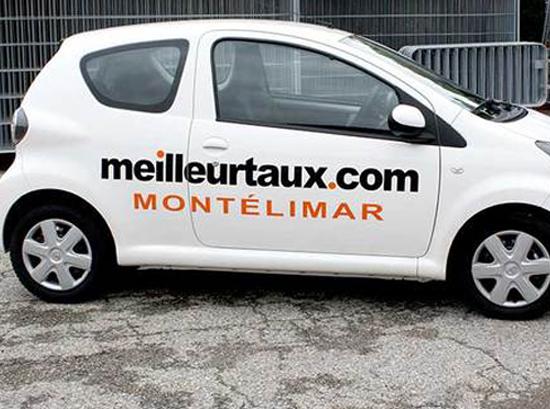 lettrage véhicule meilleurtaux.com montélimar